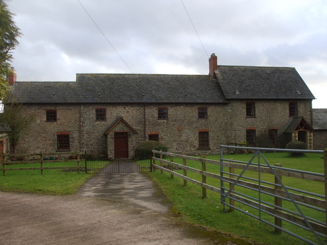 Chapel Farm, Llandevaud