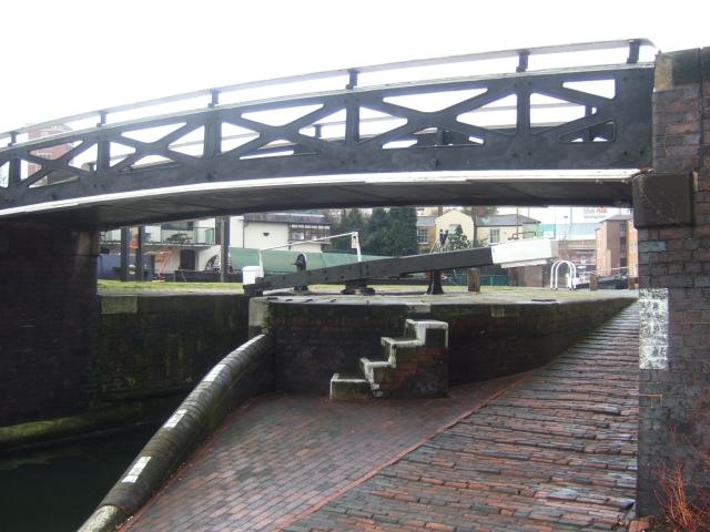 Lock and Farmer's Bridge