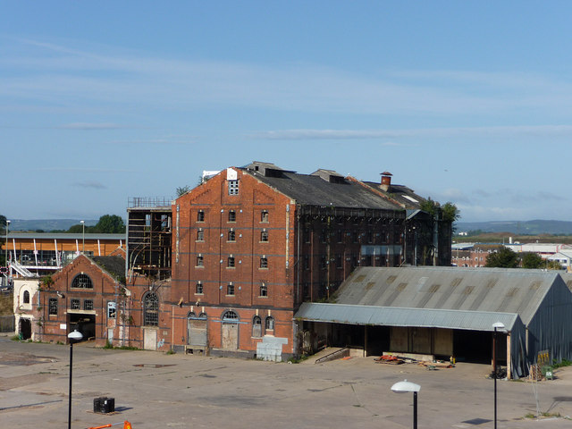 Disused warehouse, High Orchard