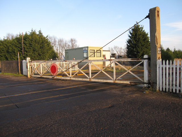 Stonea Level Crossing