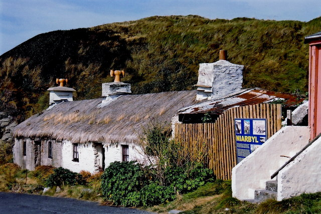 Niarbyl - Thatched cottage (Ned Devine's cottage)
