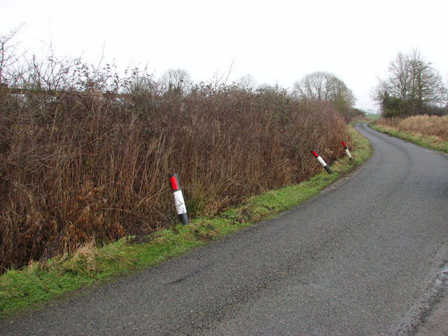Bends in Carr Lane