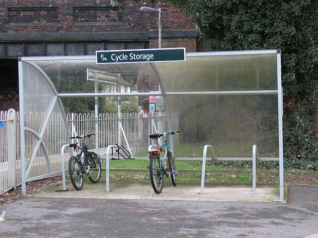 Kingswood railway station: cycle shelter