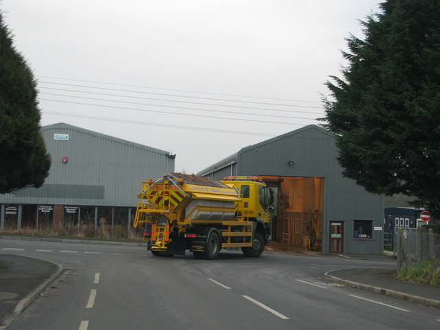 Gritting lorry leaves the South Molton depot