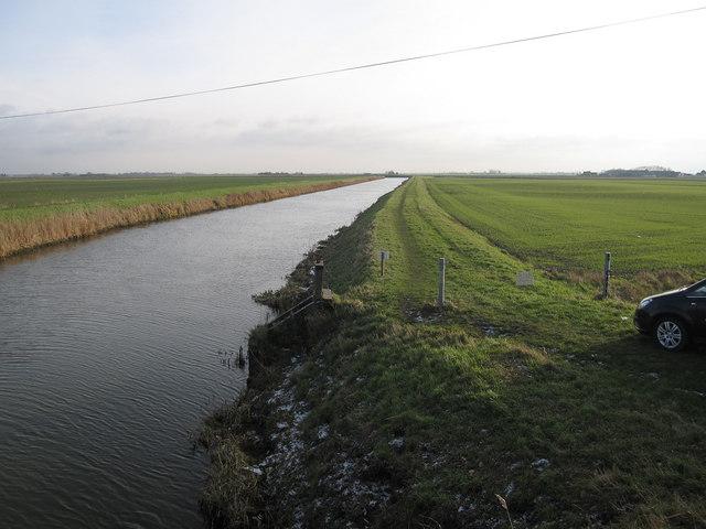 Twenty Foot River approaching the River Nene