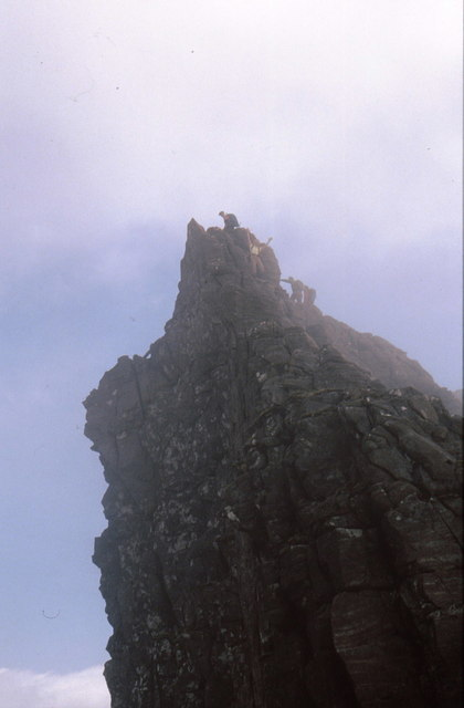 Climbers compete for Lord Berkeley's Seat