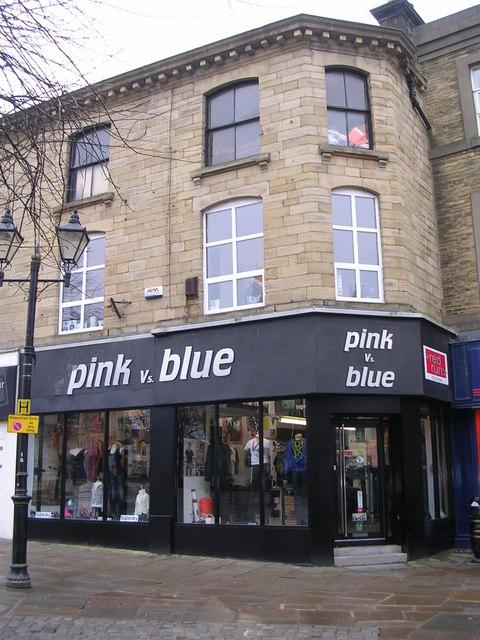 pink vs blue - Low Street