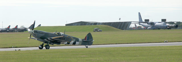 Spitfire MK356 taxiing