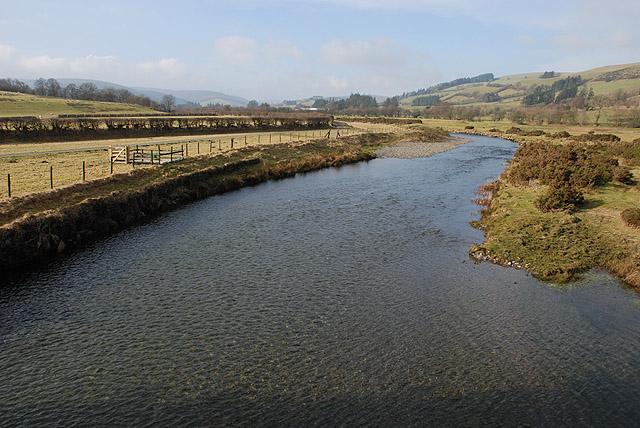 Afon Gwy / River Wye at Llangurig