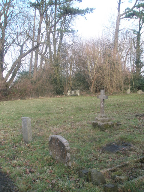 """Simple cross in the """"new churchyard"""" at Treyford"""