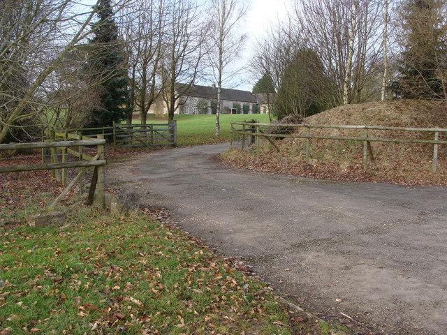 Access road to Trelenny