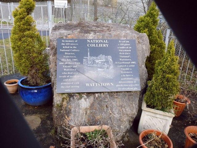 Wattstown memorial