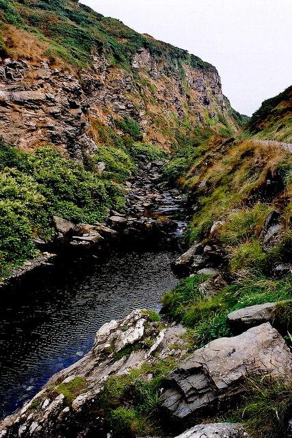 Glen Maye - Footpath through gorge near Irish Sea