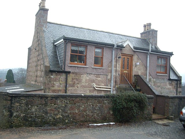 A cottage at the upper end of Mount Street