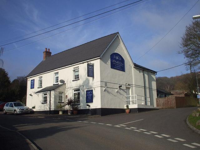 The Woodlands Tavern, Llanvair-discoed