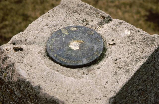 Information plaque on hydrographic triangulation pillar