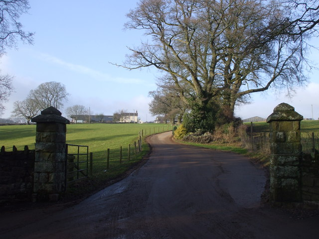 The entrance to Coombe Farm