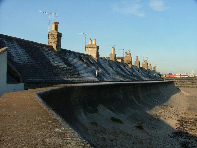 Sea wall at Footdee