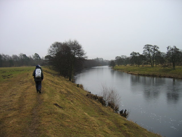 Footpath and the River North Tyne