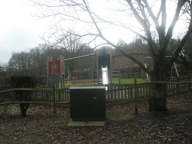 Playpark between Pitt Lane and Abbotts Cottages