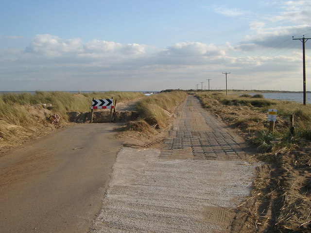 Temporary road along Spurn Point