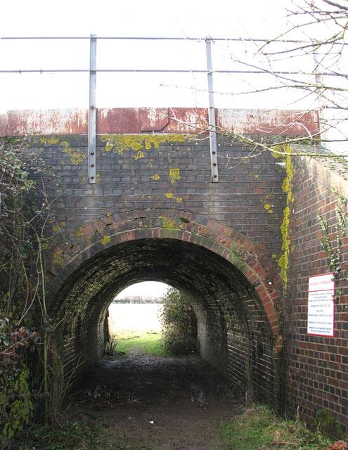 Path through tunnel