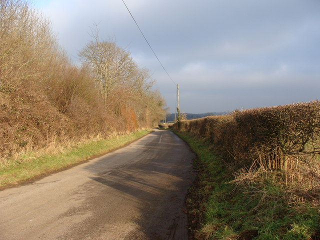 The Road from Mounton to Shirenewton, near the Grondra