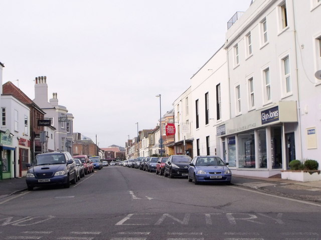 Sudely Road, Bognor Regis on a Sunday afternoon