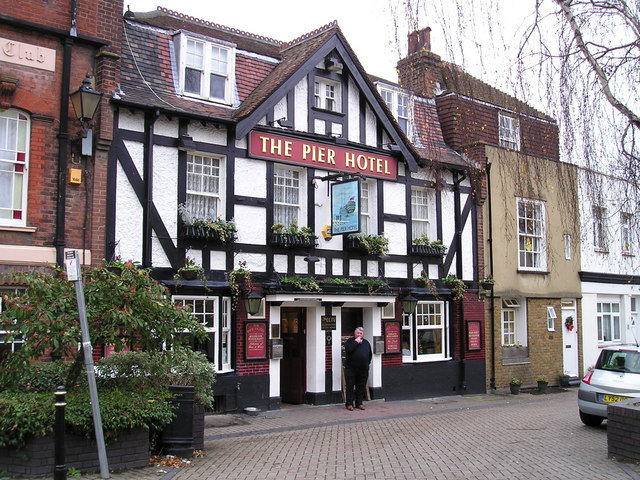 The Pier Hotel Pub, Greenhithe