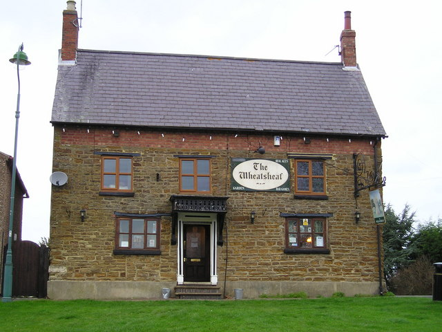 The Wheatsheaf Pub, Braunston