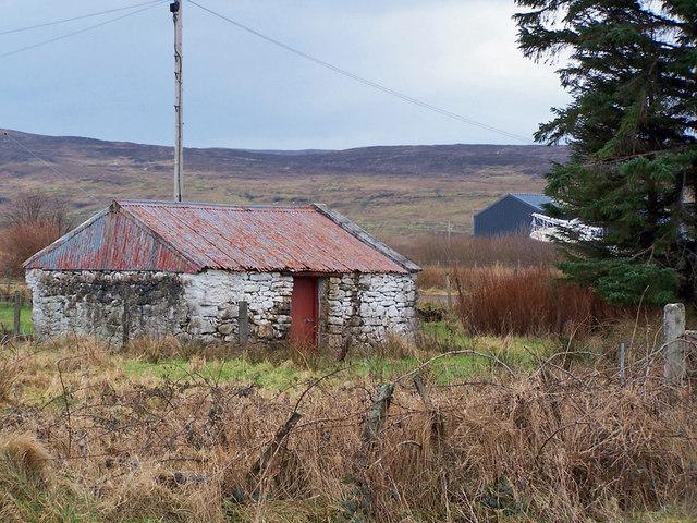 Old shed in Skulamus