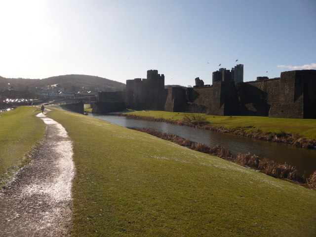 Caerphilly: path around eastern side of castle