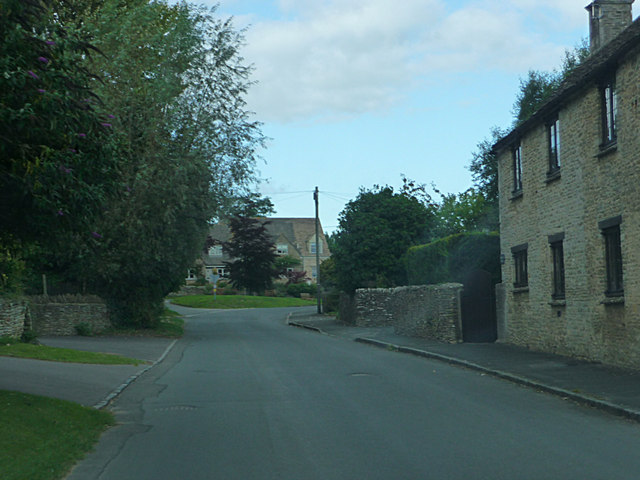 Lane junction, Ampney Crucis