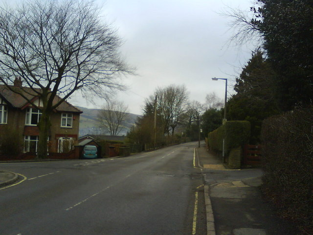 Dinting Road, Glossop