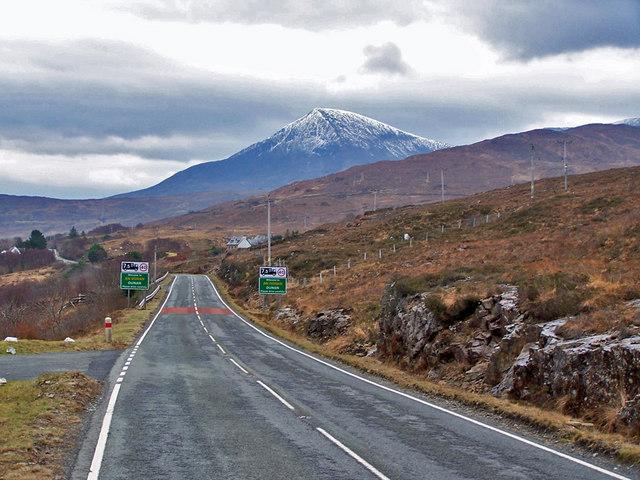 A87 approaching Dunan