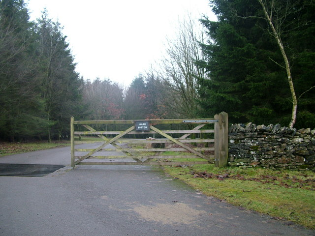 The entrance to Holme House