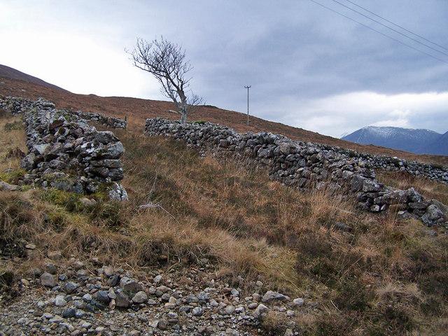 Old walls in Ard Dorch