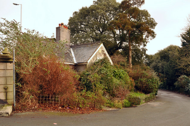 Lodge and drive of Pound's House - Plymouth