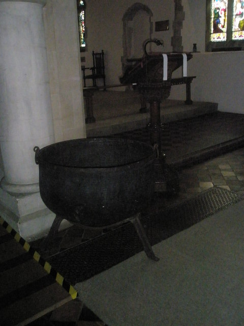 Mother Ludlam's Cauldron, St Mary's, Frensham