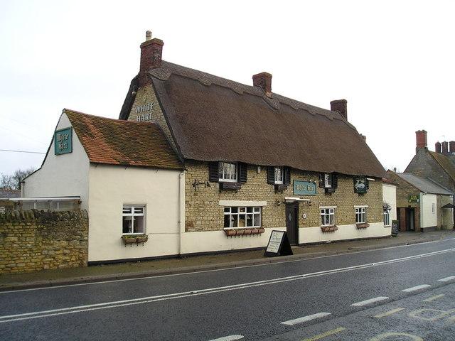The White Hart Pub, Grafton Regis
