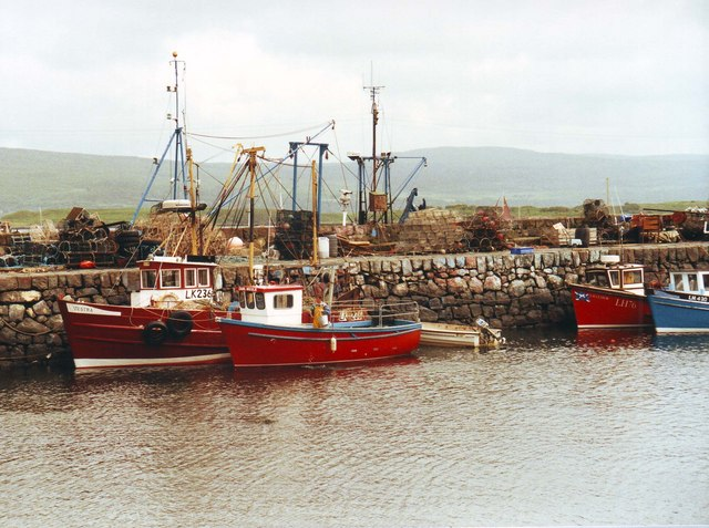 Fishing boats, Tobermory (1991)