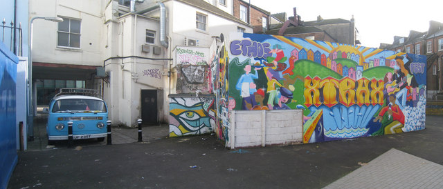 Wall Art outside Lacuna place