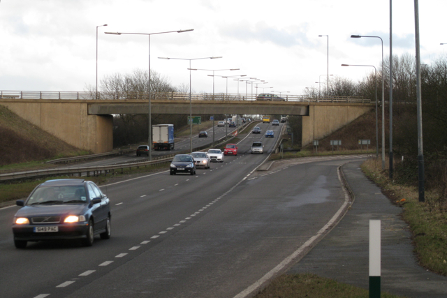 A423 southbound crosses A45