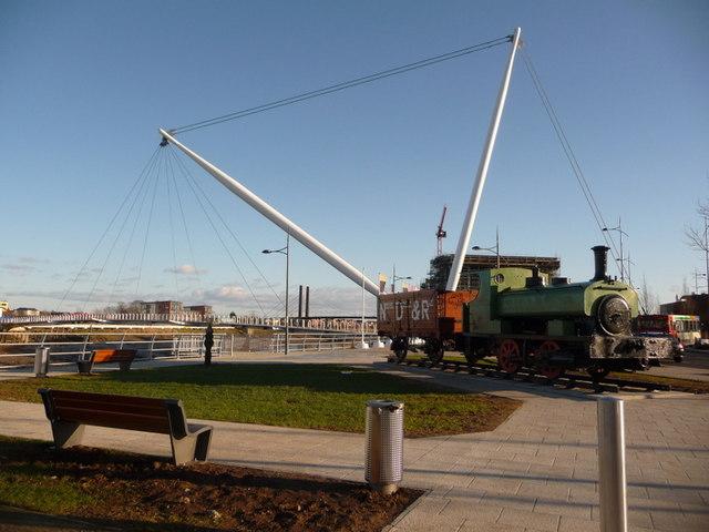 Newport: Dock & Railway relic and the footbridge