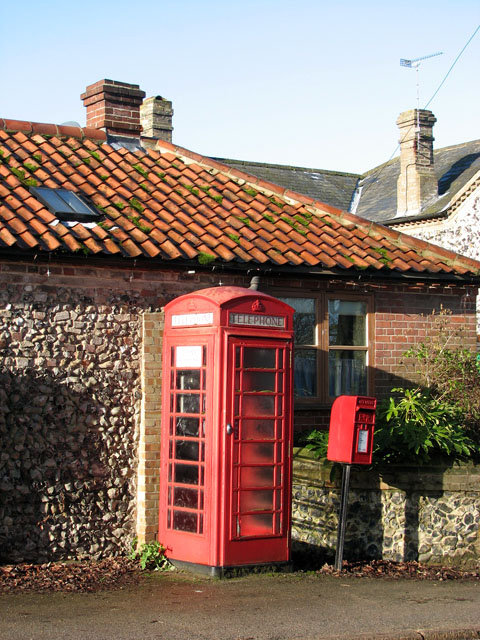 K6 telephone and postbox in The Street