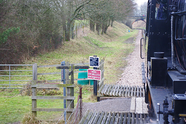 Footpath crossing, Bluebell Railway