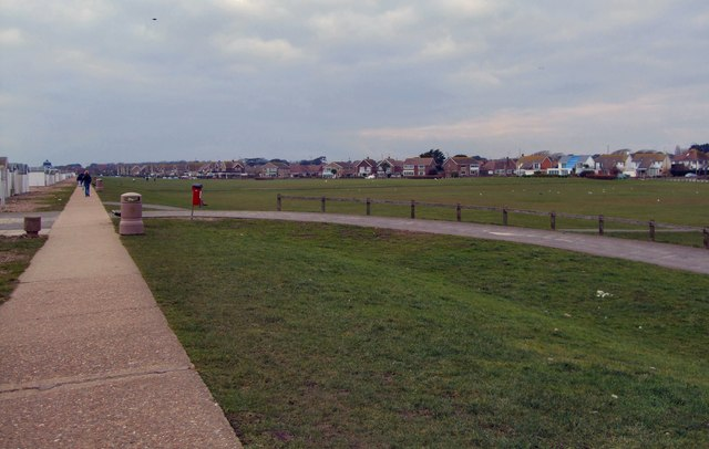 Grass area - Marine Crescent