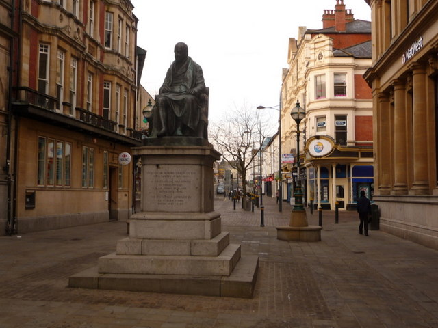 Newport: Sir Charles Morgan statue