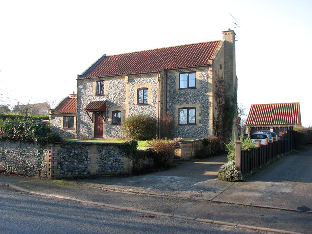 House in the Street, Croxton