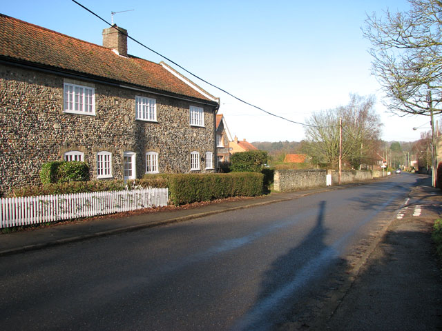 The Street through the village of Croxton